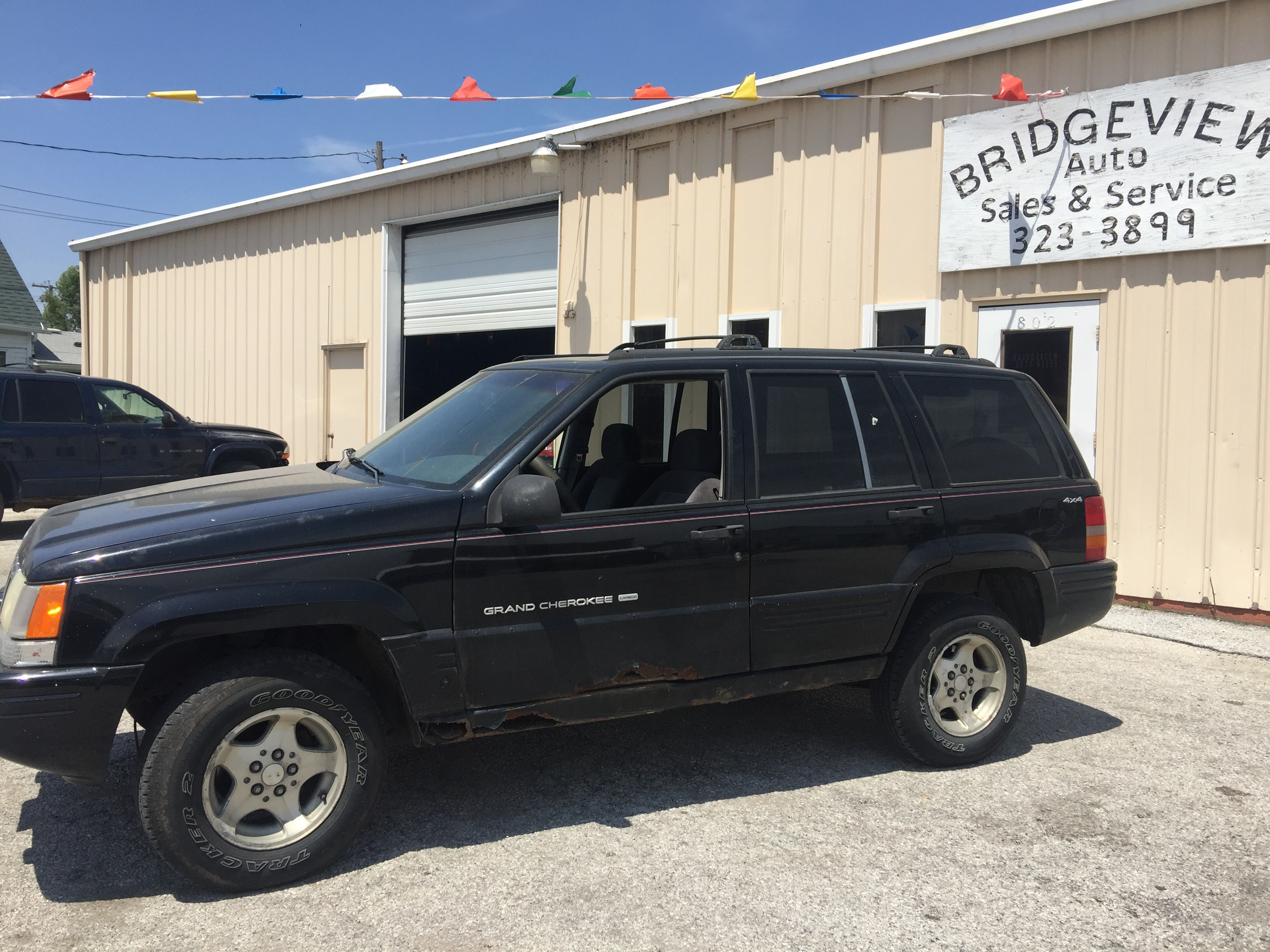 1998 JEEP GRAND CHEROKEE LAREDO $595 DOWN
